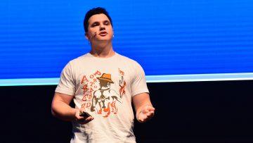 לקנות אופנה באונליין: UX העתיד כבר כאן